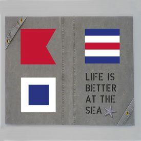 kvadratisk-tavla-signalflaggor-life-is-better-at-the-sea